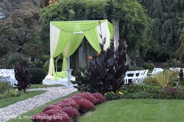 Indian wedding venue in Danvers, MA Indian Fusion Wedding by Wynne & Mintz Photography