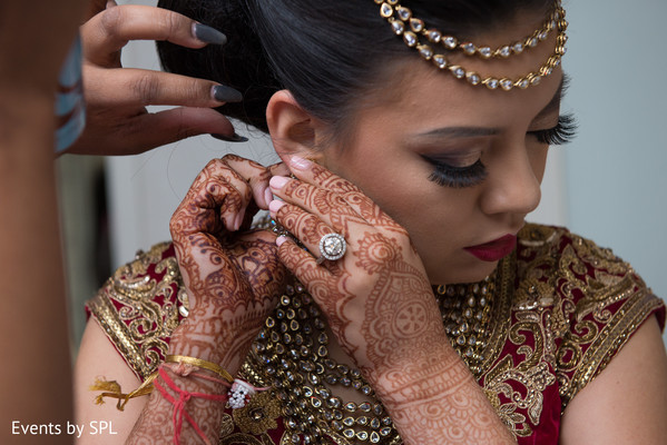 getting ready,fusion wedding,indian fusion wedding