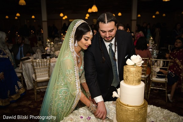 traditional pakistani wedding,pakistani wedding,pakistani wedding ceremony,traditional pakistani wedding ceremony,nikkah,nikkah ceremony,nikah ceremony,nikah,cake cutting