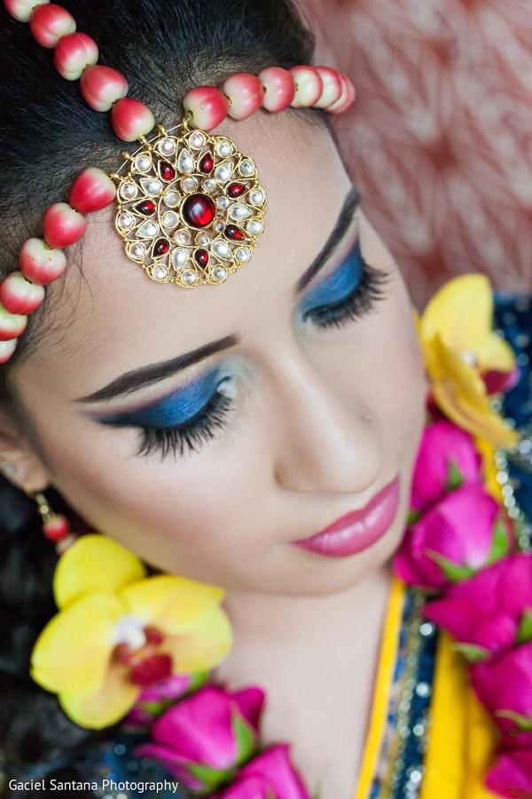 Bridal Jewelryfresh Floral Jewelryfloral Jewelrypre Wedding Indian Bride Makeup