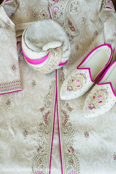 indian wedding clothing,indian wedding clothes,indian groom,indian groom clothing,groom fashion,indian groom fashion,indian wedding men's fashion,indian men's fashion,indian groom sherwani,groom sherwani,wedding sherwani,pagri,pagri for indian groom,pagri for groom,pagri for indian bride groom,pagris,groom accessories,indian groom accessories,indian bridegroom accessories,accessories for indian groom,accessories for indian bridegroom,accessories for groom,groom shoes,khussa,mojari,saleem shahis
