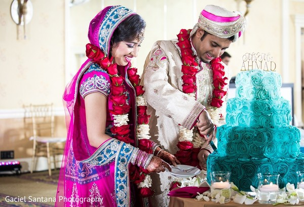 fusion wedding,fusion indian wedding,fusion wedding ceremony,fusion indian wedding ceremony,cake cutting