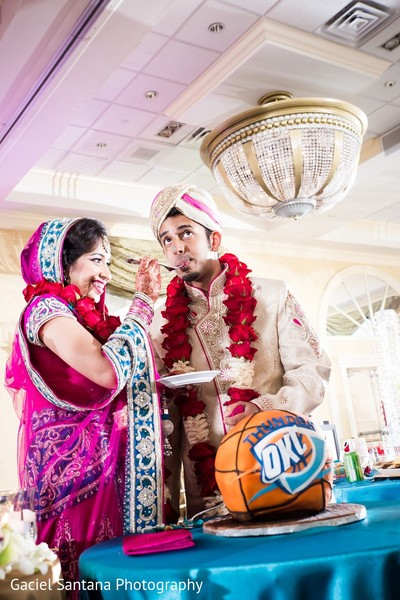 fusion wedding,fusion indian wedding,fusion wedding ceremony,fusion indian wedding ceremony,groom cake,grooms cake,cake cutting
