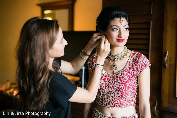 Getting Ready in Rancho Palos Verdes, CA Indian Wedding by Lin & Jirsa Photography