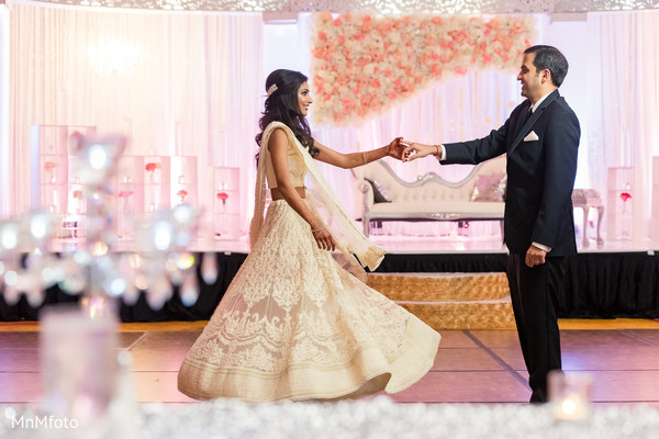 reception photography,indian reception pictures,indian reception photography,reception photos,indian wedding reception,indian wedding reception photos,indian wedding reception pictures,indian wedding reception photography,wedding reception,reception,first dance,reception lengha