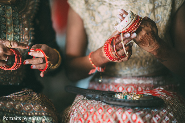 getting ready,indian wedding bangles,bangles,wedding bangles,bridal bangles,bangles for indian bride,indian bridal bangles,churis,churi,bridal churis,bridal churi,indian wedding chura,indian wedding churis,indian wedding chooda,bridal chura,bridal chooda,bridal choodas,chura,chooda