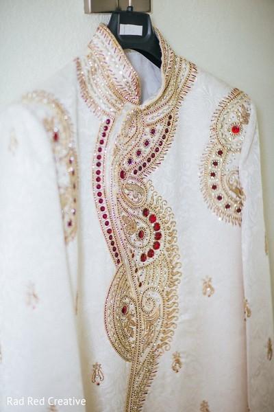 indian wedding clothing,indian wedding clothes,indian groom,indian groom clothing,groom fashion,indian groom fashion,indian wedding men's fashion,indian men's fashion,indian groom sherwani,groom sherwani,wedding sherwani
