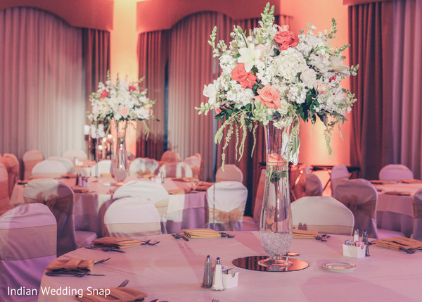 reception floral and decor