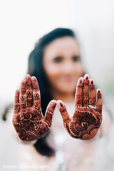 reception portraits,indian wedding reception portraits,bridal mehndi,bridal henna,henna,mehndi,mehndi for indian bride,henna for indian bride,mehndi artist,henna artist,mehndi designs,henna designs,mehndi design