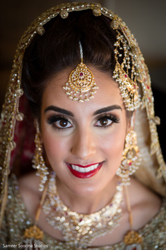 Remarkable Inspiration Photo Gallery Indian Weddings Indian Bridal Hair Hairstyle Inspiration Daily Dogsangcom