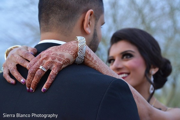 reception portraits,indian wedding reception,indian wedding reception portraits,mehndi