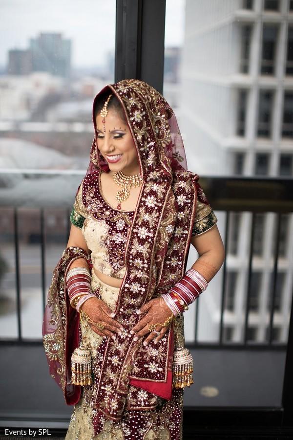 bridal portrait,indian bride,dupatta