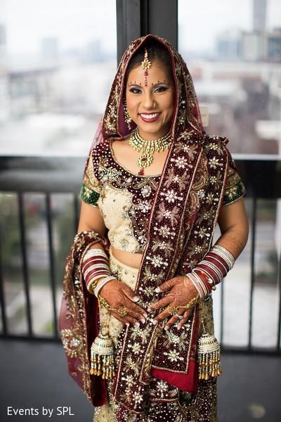bridal portrait,indian bride,bridal fashion