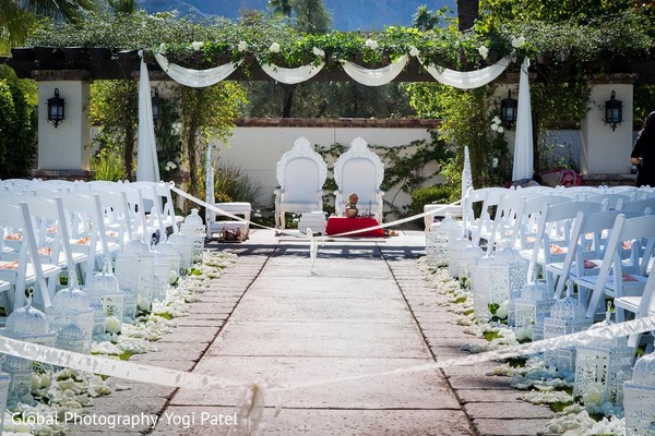 ceremony decor,outdoor wedding,outdoor wedding decor,outdoor venue