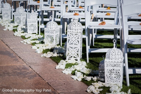 ceremony decor,outdoor wedding,outdoor wedding decor,aisle decor,aisle