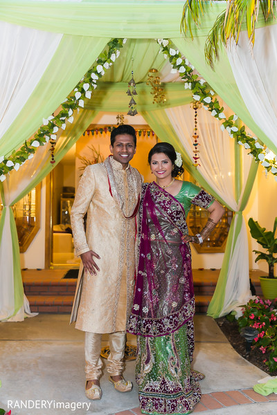 mehndi party,mehndi night,mehndi celebration,pre-wedding celebration,pre-wedding portrait,mehndi night portraits,mehndi party portraits,pre-wedding lengha