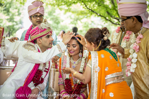 ceremony,outdoor wedding,outdoor wedding ceremony,indian wedding,indian wedding ceremony,hindu wedding,hindu wedding ceremony