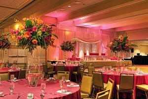 Find the best indian venues vendors in chicago illinois for Indian jewelry in schaumburg il
