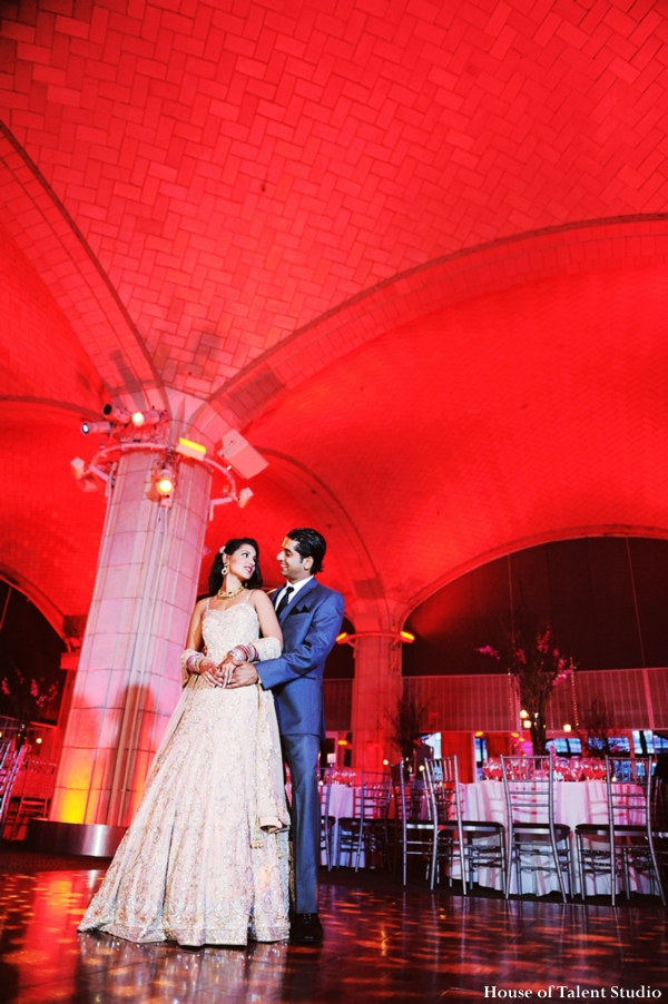 House,of,Talent,Studio,indian-wedding-portrait-reception-ballroom-red-cream