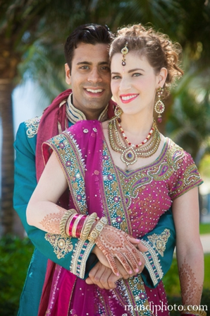 beach,weddings,bridal,lengha,bridal,wedding,lenghas,fusion,indian,wedding,groom