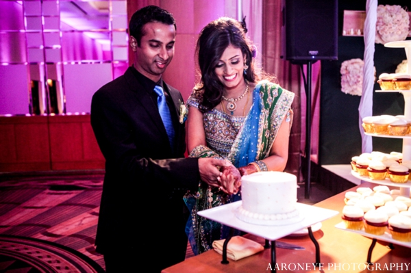 indian wedding bride groom cake cutting reception