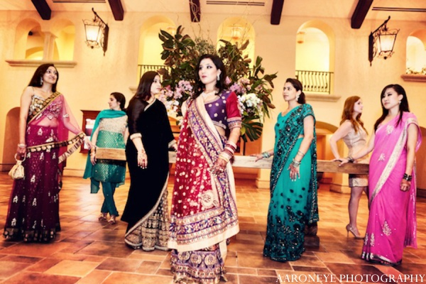 Indian wedding clothing in Huntington Beach, California Sikh Wedding by Aaroneye Photography