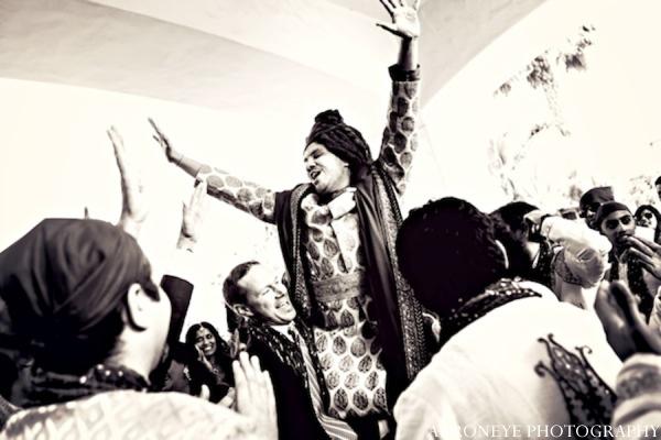 Indian wedding groom in Huntington Beach, California Sikh Wedding by Aaroneye Photography