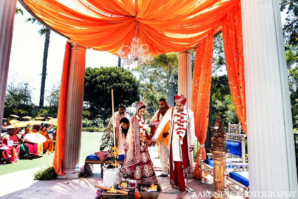 Indian Wedding Ceremony Bride Groom In Newport Beach California By Aaroneye Photography