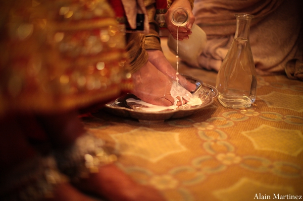 Indian wedding ceremony traditional customs