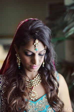 bridal jewelry,Hair & Makeup,portraits,indian wedding portrait,bridal portrait,indian bridal jewelry,hair and makeup inspiration,AMANDA JULCA