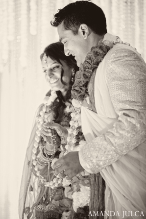 white,black,ceremony,indian wedding ceremony,indian wedding customs,ceremonial customs,black and white photography,traditional wedding rituals,traditional wedding customs,AMANDA JULCA