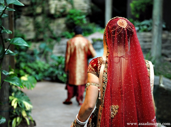 Indian wedding traditional bridal outfit in Orlando, Florida Indian Wedding by Asaad Images