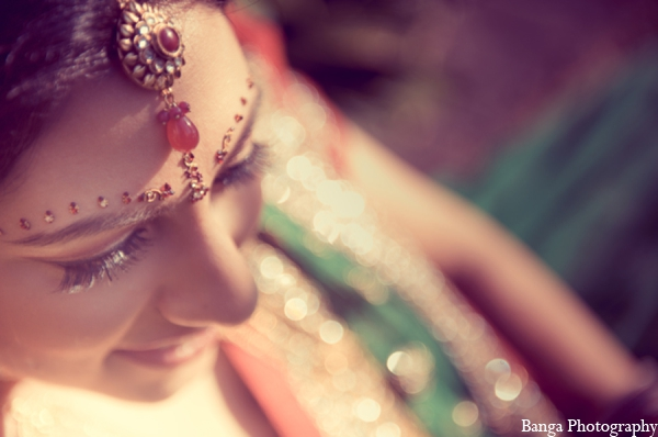 bridal jewelry,Hair & Makeup,traditional indian wedding,indian wedding traditions,Banga Photography