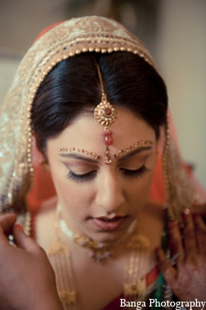 Indian wedding bridal look in Toronto, Ontario Indian Wedding by Banga Photography