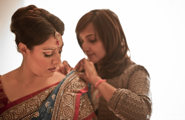 Indian wedding bride outfit in Toronto, Ontario Indian Wedding by Banga Photography