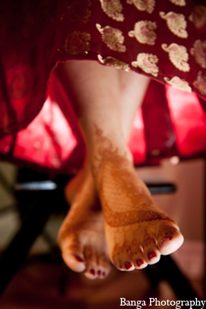 Mehndi Artists,traditional indian wedding,indian wedding traditions,Banga Photography
