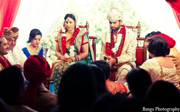 Traditional indian bride groom in Toronto, Ontario Indian Wedding by Banga Photography
