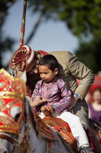 indian weddings,gold indian wedding jewelry