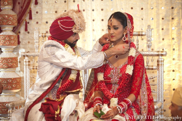 Indian wedding outfits in Woburn, MA Indian Fusion Wedding by Binita Patel Photography