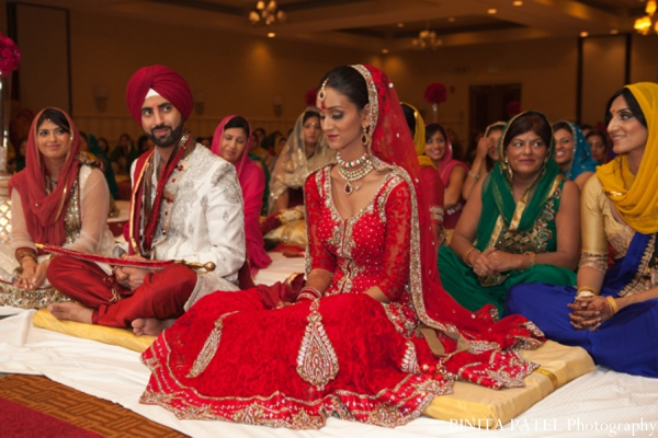 red,gold,cream,white,ceremony,indian fusion wedding,BINITA PATEL Photography,hindu wedding customs,sikh wedding,Hindu Sikh Wedding,sikh hindu fusion wedding,sikh hindu wedding,hindu sikh fusion wedding,hindu wedding,sikh wedding traditons,sikh wedding customs,sikh wedding traditions and customs,hindu wedding traditions