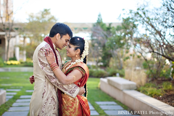 gold,orange,bridal fashions,portraits,indian wedding portraits,traditional ceremony dress,BINITA PATEL Photography,bride and groom in ceremony dress