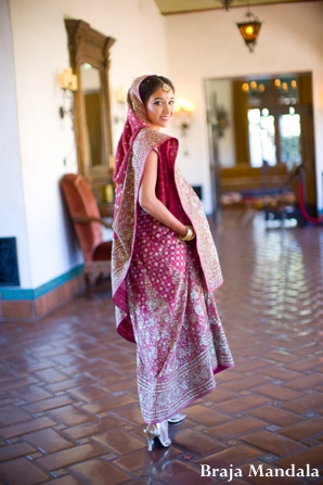 Indian-wedding-bride-ceremony-bridal-portrait-red