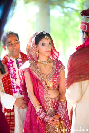 Indian-wedding-bride-mandap-ceremony