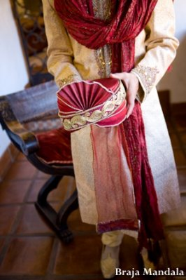 Indian-wedding-groom-sherwani-hat