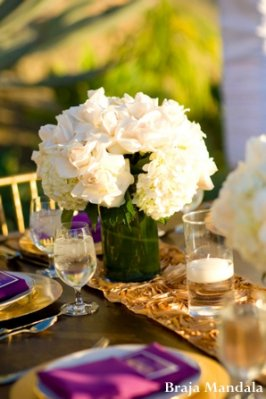 Indian-wedding-reception-table-decor-floral