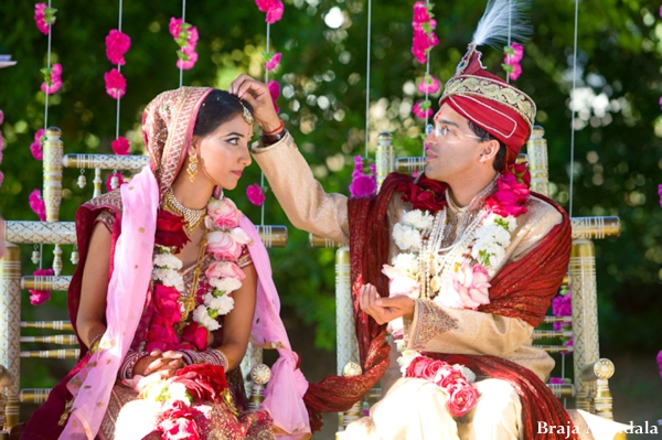 Indian-wedding-tradtional-ceremony-outdoors