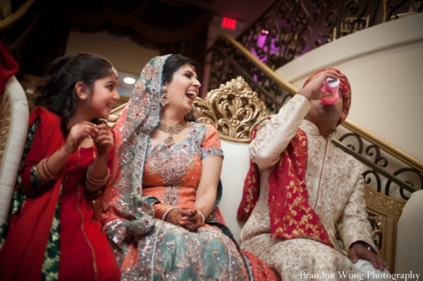 indian-wedding-pakistani-drinking
