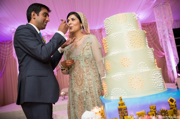 Indian-wedding-reception-cake-bride-groom