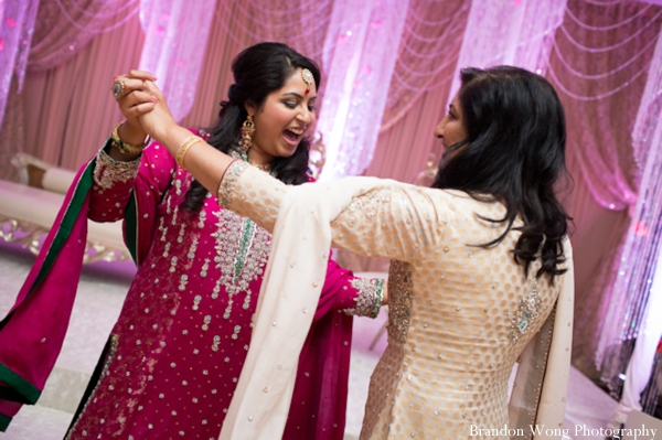 Indian-wedding-reception-dance-entertainment