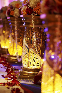 Indian-wedding-ceremony-decor-mandap-flowers-stands